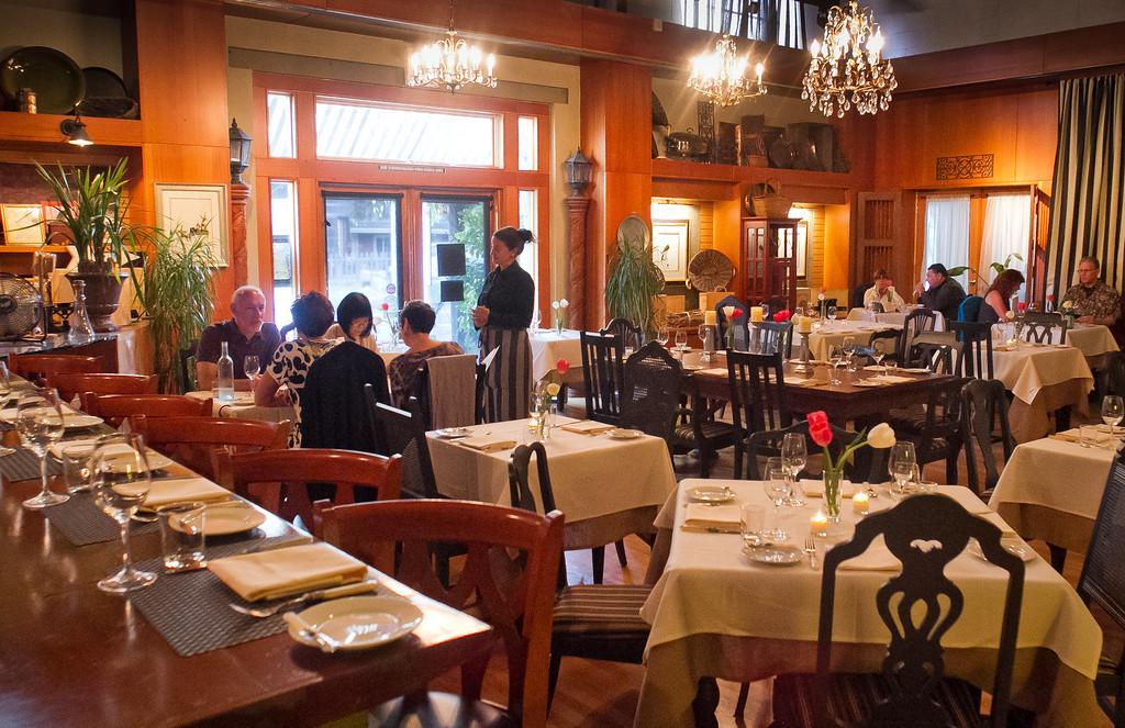 Diners enjoy diner at Olive & Vine restaurant in Glen Ellen, Calif., on Friday, May 18th, 2012.
