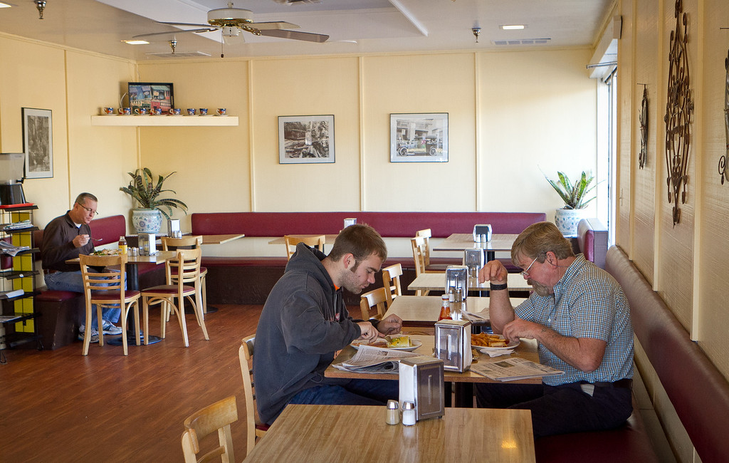 Diners enjoy lunch at the Redwood Cafe in San Rafael, Calif., on Friday, January 27th, 2012.