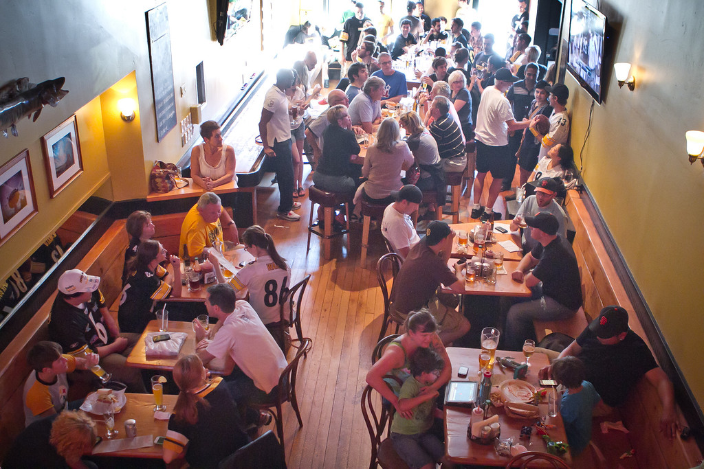 People enjoy lunch at Giordano Brothers Restaurant in San Francisco, Calif., on Sunday, October 23,  2011.