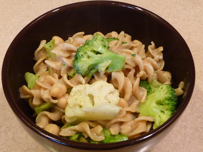 "Pasta, Garbanzos, Broccoli, and Cauliflower Wonderful new recipe from Susan Voisin of the Fat Free Vegan Blog.  She has this categorized under her ""Ridiculously Easy"" recipes, and boy is it ever!!    Using frozen veggies and cooking them at the same time as the pasta (in the last 4 minutes of cooking), and making a garlic and herb sauce while those cook ... YUMMY!!  If you use a gluten free pasta (like this one) instead of the whole wheat pasta, the dish will be GF.  Recipe here."