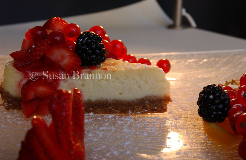 Fresh berries and cheesecake