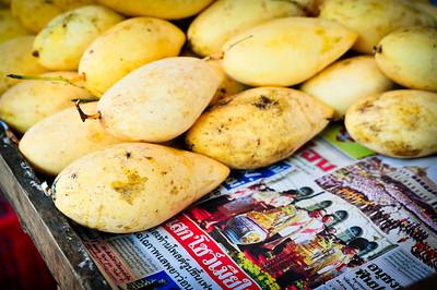 Thai mangoes (mamuang)