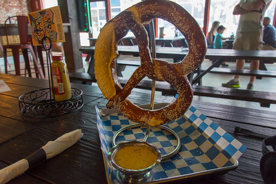 Bavarian Pretzel with Cheese Dipping Sauce