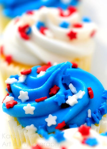 Red, White and Blue Cupcakes 2
