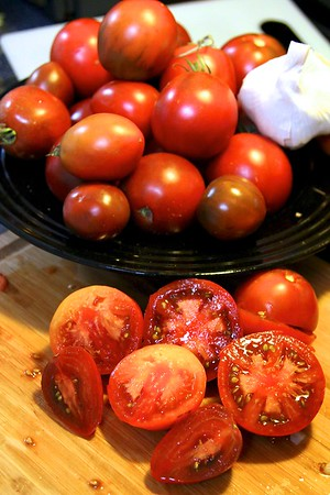 OCTOBER 8, 2012  What to do with yesterday's heirloom tomato harvest??? Fresh Salsa!!
