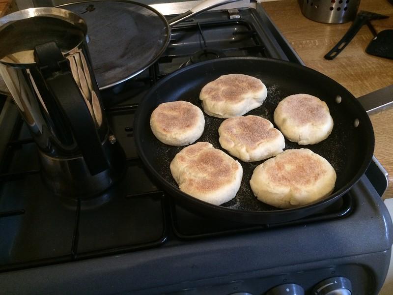 food; home-made; english-muffin; muffin