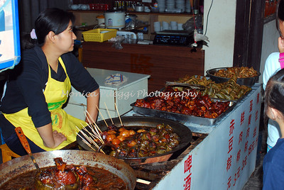 Food vendor in Xitang