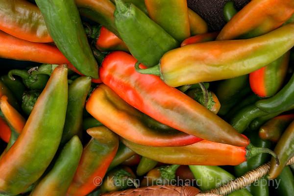 Fresh jalapenos peppers cjhile,Capsaicin