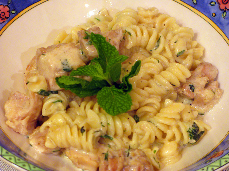 """Chicken Pasta with Thyme-Mint Cream Sauce<br /> <br />  <a href=""""http://simplyrecipes.com/recipes/chicken_pasta_with_thyme-mint_cream_sauce/"""">http://simplyrecipes.com/recipes/chicken_pasta_with_thyme-mint_cream_sauce/</a>"""