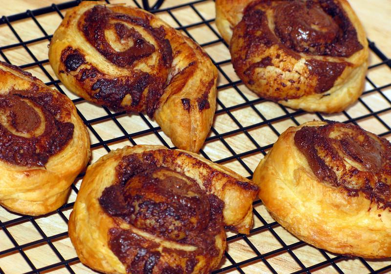 """Nutella Swirls<br />  <a href=""""http://healthytastychow.com/2009/12/01/nutella-swirls/?utm_source=feedburner&utm_medium=feed&utm_campaign=Feed%3A"""">http://healthytastychow.com/2009/12/01/nutella-swirls/?utm_source=feedburner&utm_medium=feed&utm_campaign=Feed%3A</a>+healthytastychow%2Fixod+%28Healthy+Tasty+Chow%29"""