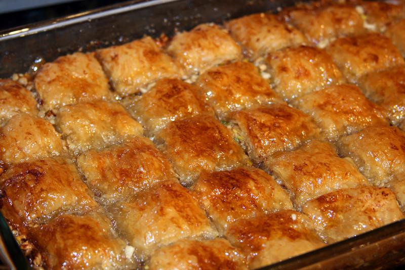 "Baklava<br /> <br />  <a href=""http://www.foodnetwork.com/recipes/tyler-florence/baklava-recipe/index.html"">http://www.foodnetwork.com/recipes/tyler-florence/baklava-recipe/index.html</a>"