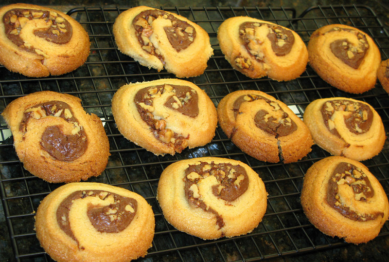 """Nutella Pinwheel Cookies<br /> <br />  <a href=""""http://www.purplefoodie.com/2009/02/nutella-pinwheel-cookies.html"""">http://www.purplefoodie.com/2009/02/nutella-pinwheel-cookies.html</a>"""