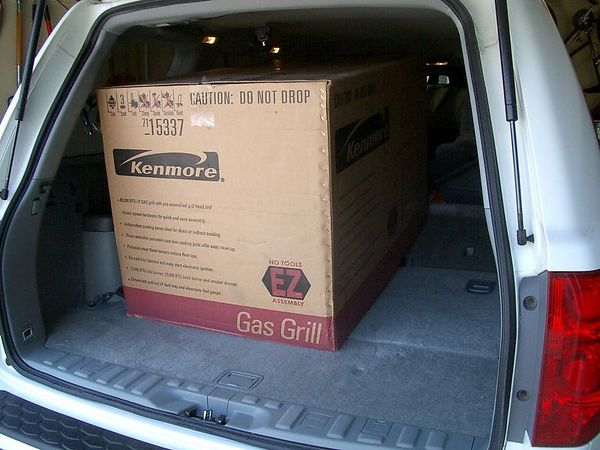 "<br><br><font size=""3"">The new grill came in a very big box.</font>"