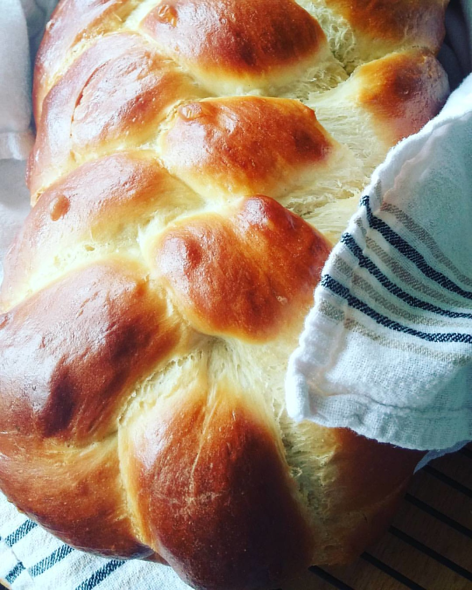 Challah is just one food for Hanukkah you need to try, discover the rest. #Hanukkah