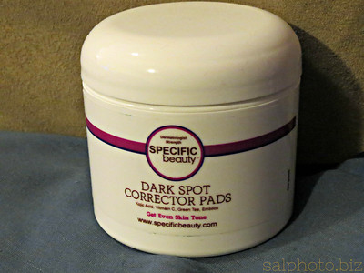 http://www.specificbeauty.com/Dark-Spot-Corrector-Pads-p/43708.htmThese new hydroquinone and fragrance-free Dark Spot Corrector pads deliver a powerful mix of Kojic Acid, Arbutin and Bearberry Extract to brighten and even skin tone by way of a breakthrough trans-dermal penetration system. Emblica, a natural fruit extract, soothes and calms skin while free radical quenching Vitamin C and Green Tea Polyphenols protect against environmental damage. Good News Health https://www.facebook.com/groups/479920498739082/
