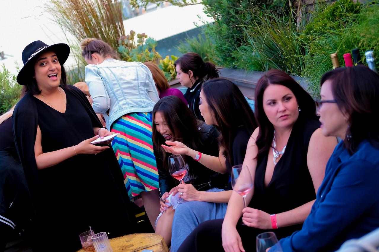 Helllo Kitty Wine Party
