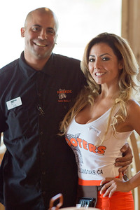 Hooters TO Soft Opening-45