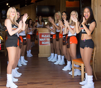 Hooters TO Soft Opening-1