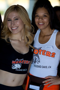 Hooters TO Soft Opening-35