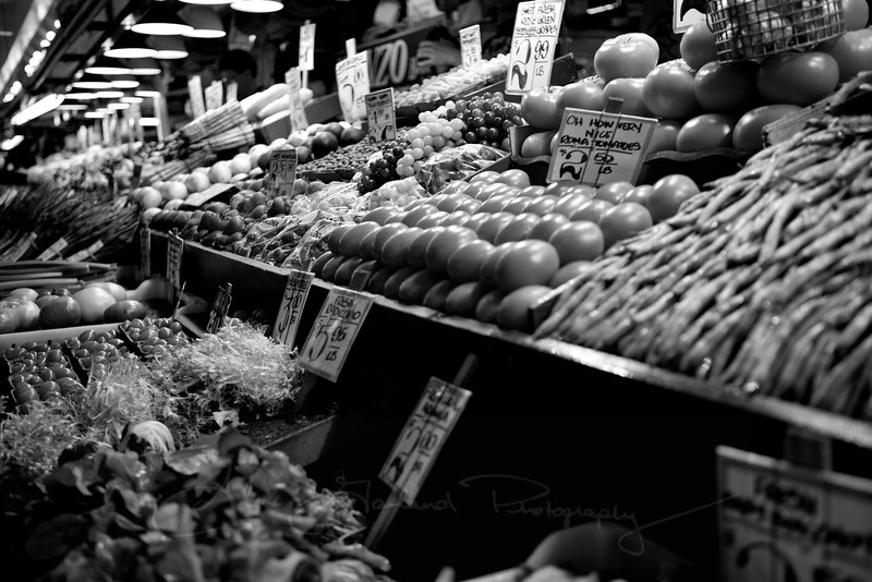 Pikes market at the height of picking season.
