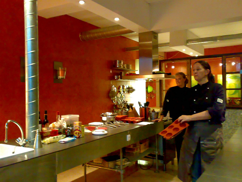 Suzanne (owner, head-chef) and Gisele (head-chef)