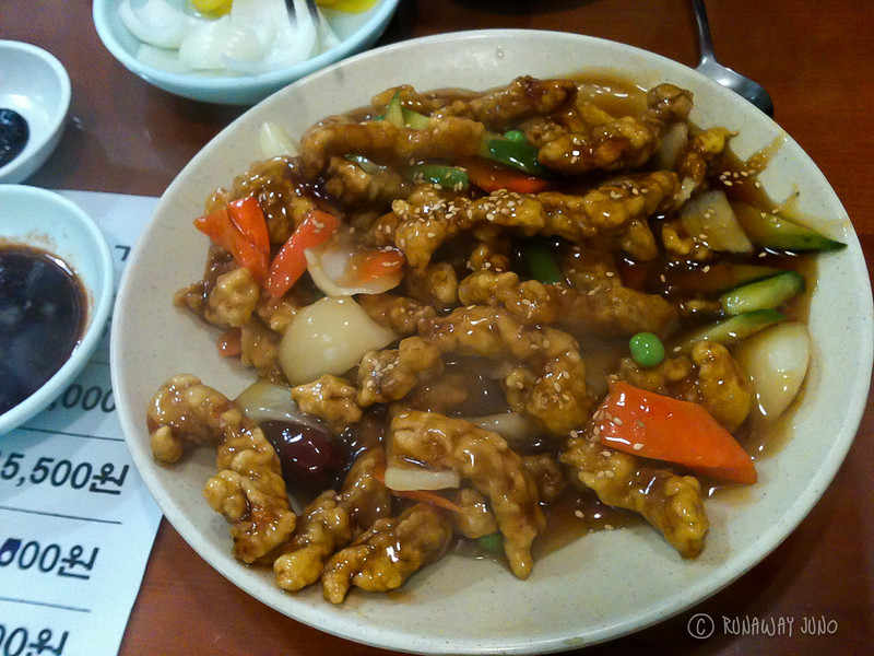 Tangsuwyuk, Chinese food sweet and sour chicken