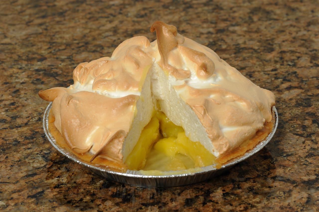 Home made lemon meringue pie