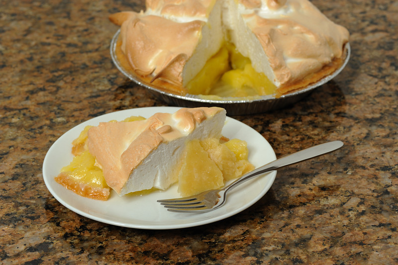 Home made lemon meringue pie
