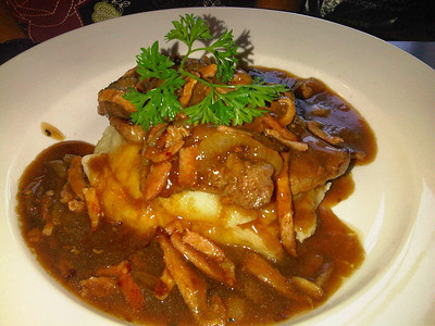 """Calves Liver & Onions. Served with mixed vegetables. Served in """"Two Mile Oak"""" near Newton Abbot  29/05/12"""