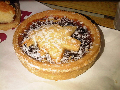 Mince Pie from Costa Coffee 23/11/11