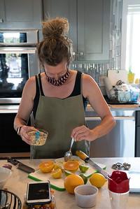 MMCooks in kitchen-02114