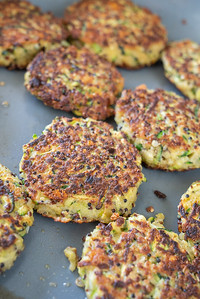 MMCooks quinoa cakes-02554