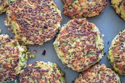 MMCooks quinoa cakes-02557