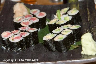 spicy tuna rolls, spicy avocado rolls