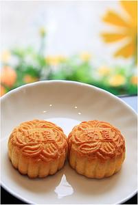 moon cake 奶皇月餅