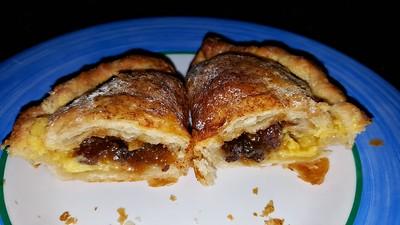 Mince Pie & Custard Pasty