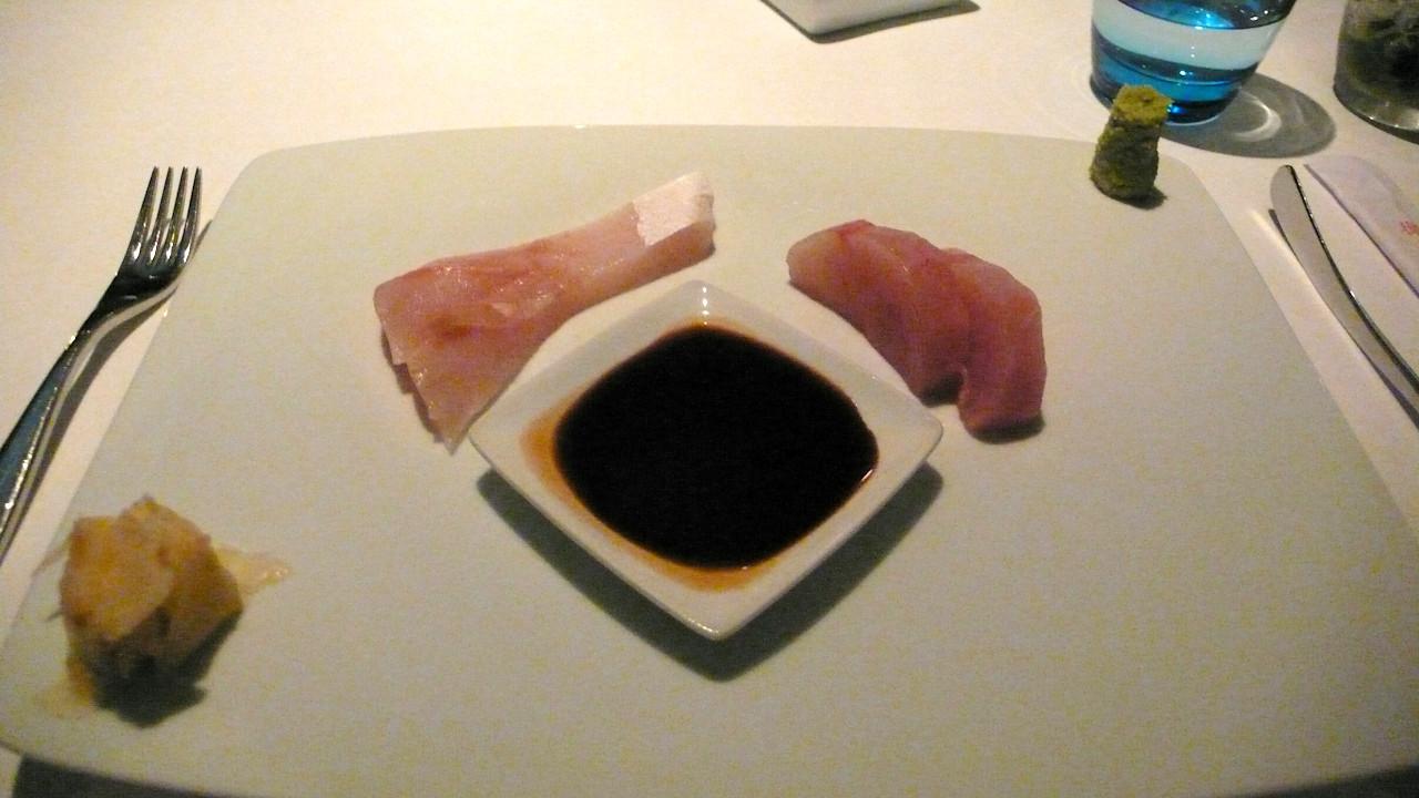 Pier, Sydney - Kingfish sashimi