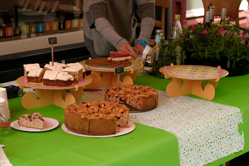 Fresh pies and cakes