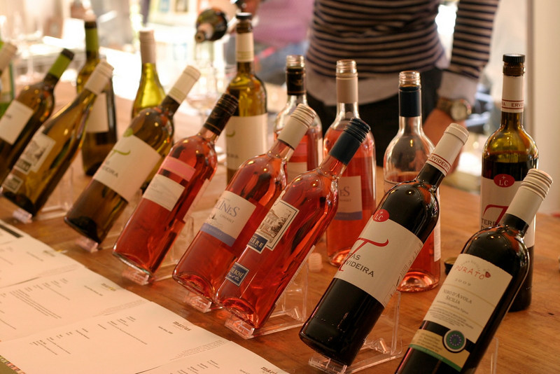"Wine tasting at <a href=""http://www.vintagewijnen.com/"">Marius</a>, Den Haag."