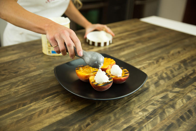 Grilled Peach Ice Cream Cups