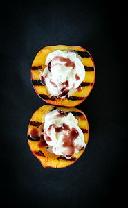 Grilled Summeripe Peaches with Vanilla Ice Cream