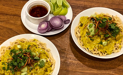 Chiang Mai Curried Noodles and Chicken