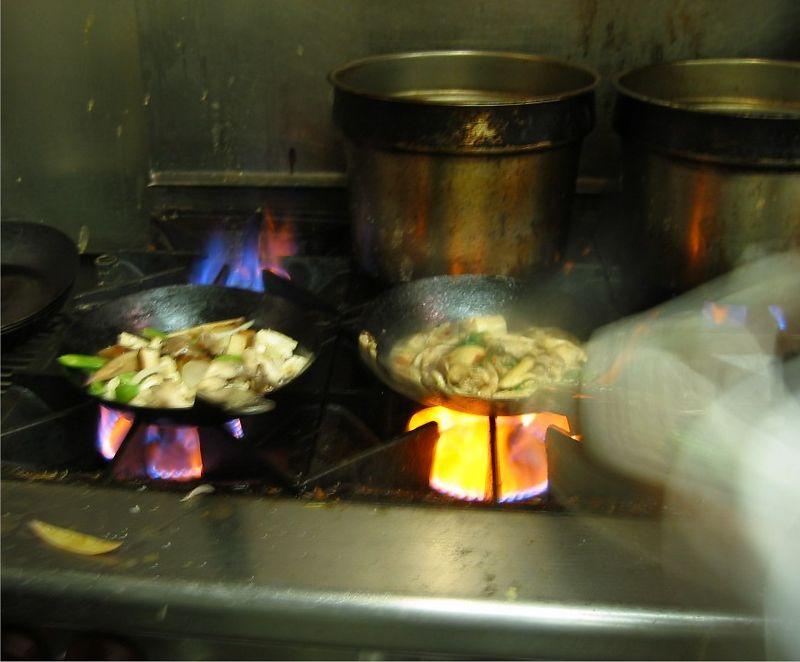 Cooking - Erik tossing pan about