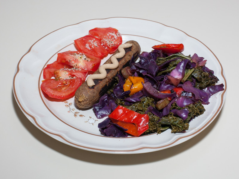 00aFavorite 20140616 Waterless Kale-Cabbage-Baby Bell Pepper, Vegan Sausage, Tomato (1844)