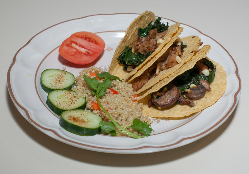 00aFavorite 20120521 Welcome the Neighbors Tacos w Seitan and Kale, Quinoa (1849)