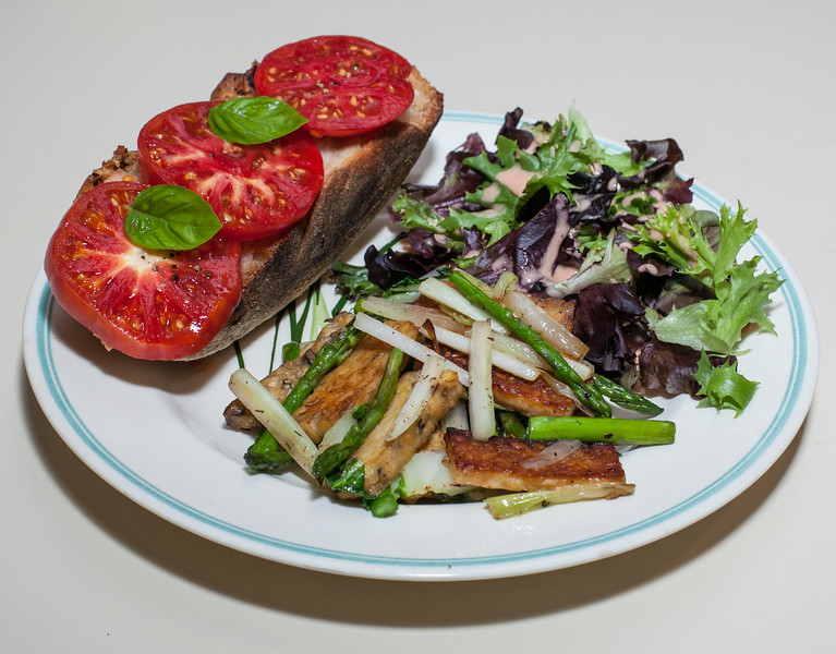 00aFavorite 20120722 Tempeh w Bok Choy and Asparagus, Lemon Rosemary Toast w Tomato and Basil (2119)