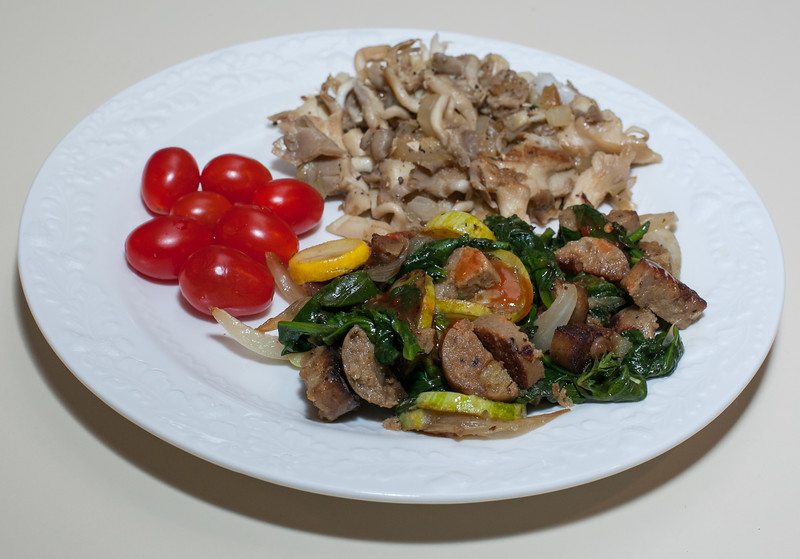 00aFavorite 20120529 Vegan Sausage w squash and Spinach, Oyster Mushrooms (1905)