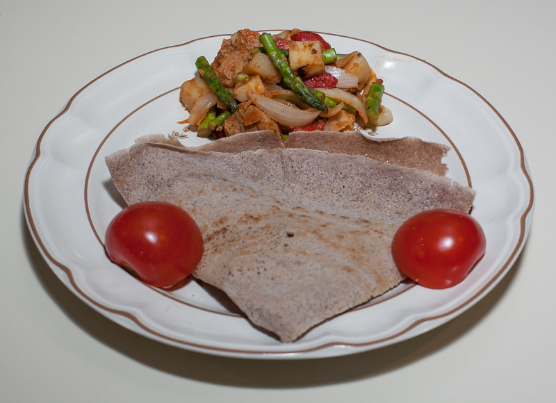 00aFavorite 20140123 Asparagus - Potato - Roasted Pepper Saute w Vegan Apple Sage Sausage served w Injera (2025)