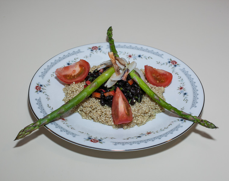 00aFavorite 20130518 Speedy Black Bean and Quinoa w Citrus Asparagus and Tomato (2146)