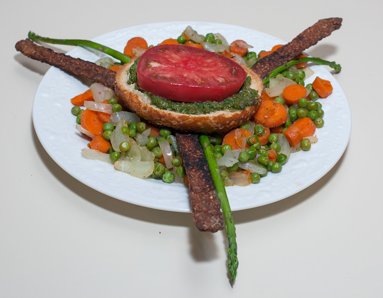00aFavorite 20150701 Asparagus and Smoky Tempeh w Peas and Carrots cooked Waterlessly (No Added Fat) (2008)